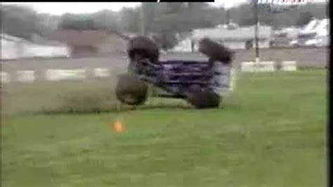 funny monster truck videos car accidents monster truck break up from ramy23ww