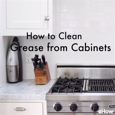 how to clean greasy kitchen cabinets clean those smudgey greasy kitchen cabinets with this