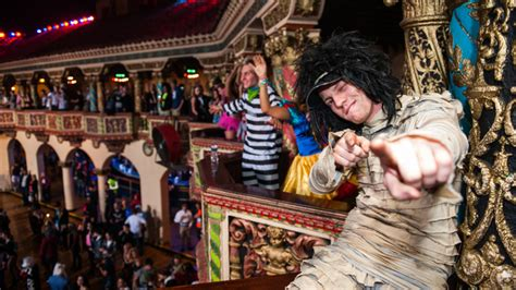 dj snake halloween chicago gets freaky deaky with dj snake for spooky
