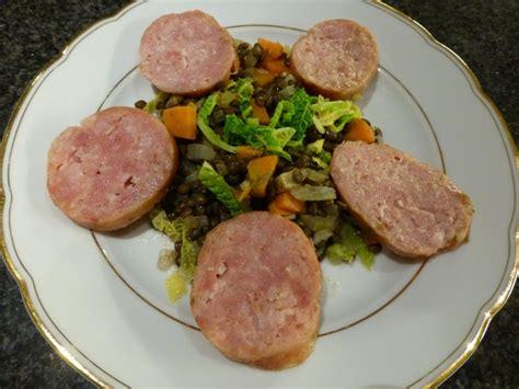 cuisine basse temperature philippe baratte saucissons sur compotée de lentilles et chou frisé blogs