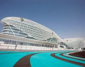 Circuit Yas Marina : yas marina circuit abu dhabi 2017 f1 calendar sport galleries pics ~ Medecine-chirurgie-esthetiques.com Avis de Voitures