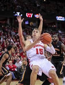 Badgers men's basketball: Sam Dekker bigger, better ...