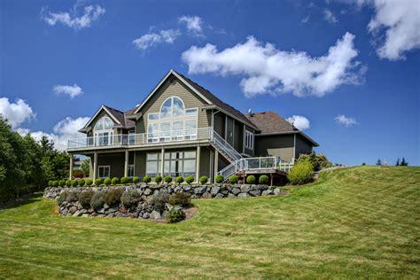 daylight basement homes house home greenview farms rambler w daylight basement 579 000 sold
