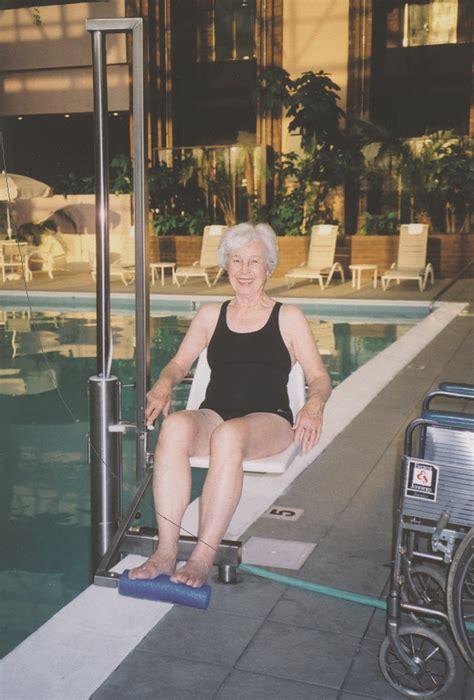 siège ascenseur de piscine pour pmr igat 180