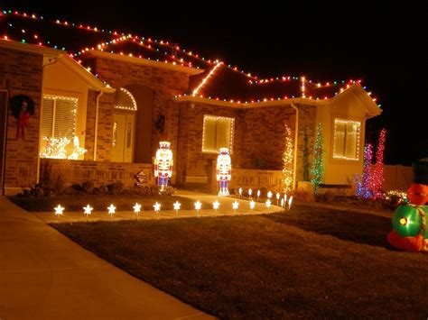 how to christmas lights on house christmas lights on house wallpaper