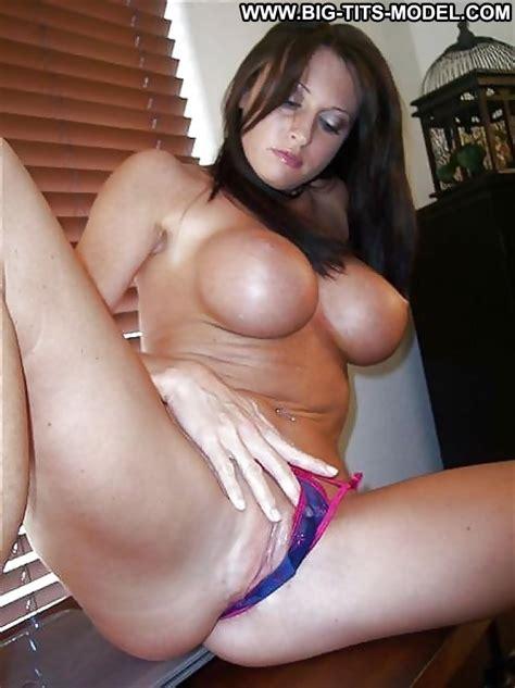 Rue Private Pics Big Tits Big Boobs Amateur Milf Hot