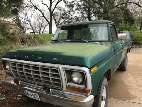 Little rust 1978 Ford F 250 vintage truck for sale