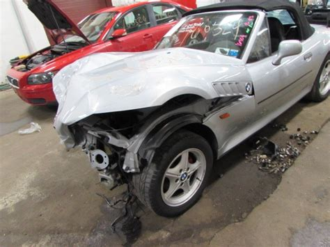 Parting Out 1996 Bmw Z3