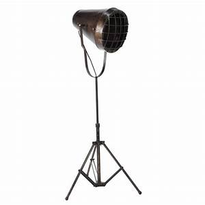 Chicago metal industrial tripod floor lamp h 110cm for Floor lamp 110cm