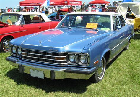 File:1974 AMC Ambassador sedan blue-white Kenosha-f.jpg ...