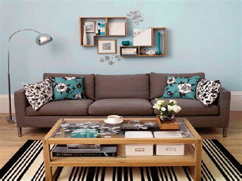Decorating Ideas For Living Room Walls Ideas