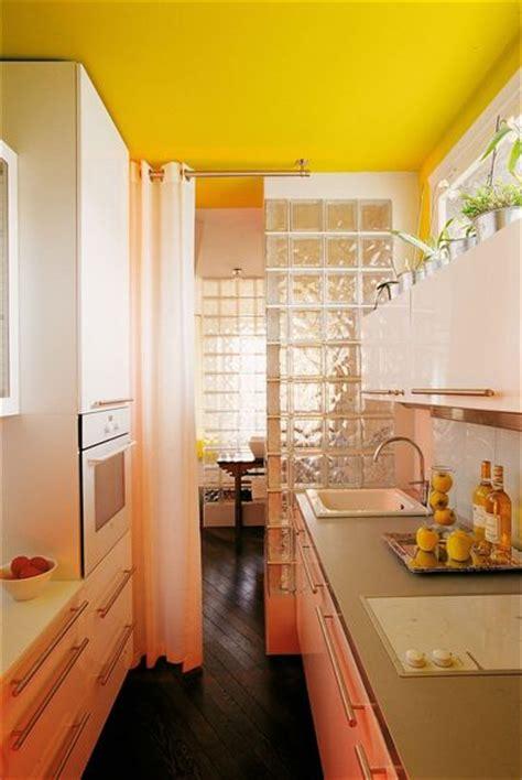 couleur mur cuisine bois couleur mur cuisine bois 2 la cuisine jaune tendance et