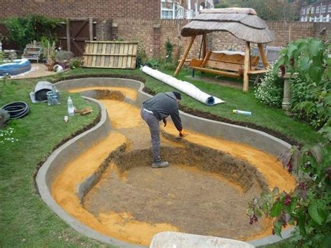 piccoli laghetti da giardino come realizzare un laghetto da giardino