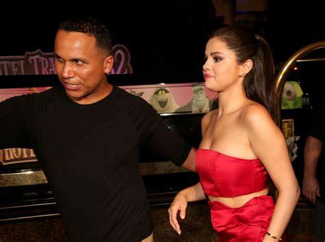 Selena Gomez - 'Hotel Transylvania 2' Photocall in Cancun ...