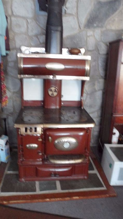antique real apollo coal stove coal stove antique stove