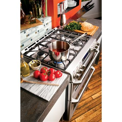 """CGS990SETSS   GE Cafe 30"""" Slide In Gas Double Oven Range"""
