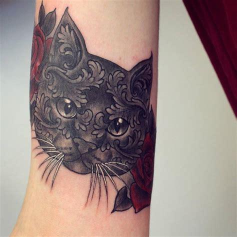 perfectly symmetrical tattoo designs
