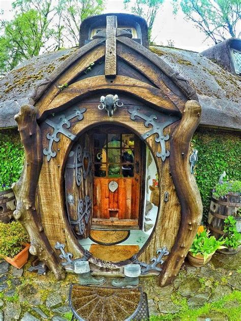 A Gorgeous Real World Hobbit House In Scotland by 25 Amazing Real World Hobbit House In Scotland