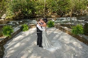 cabin wedding spence cabin wedding smoky mountain weddings gatlinburg tn