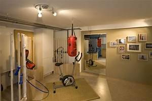 Büro Im Keller Einrichten : vom b ro ins fitnessstudio ~ Bigdaddyawards.com Haus und Dekorationen