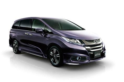 Honda Hybrid Minivan On Sale In Japan, Using Accord Hybrid