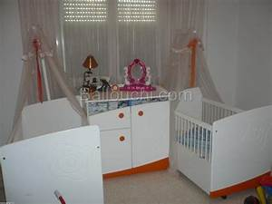 Chambre Bébé Jumeaux. chambre pour bebe jumeaux table de lit ...