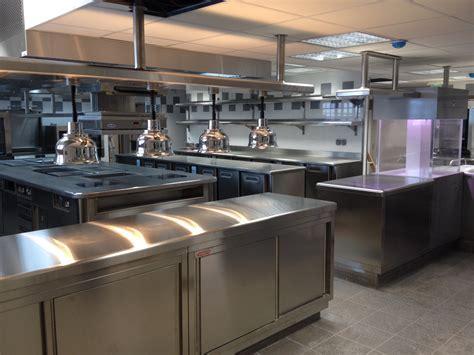 four de cuisine professionnel hôtels matériel et équipement de cuisine professionnelle