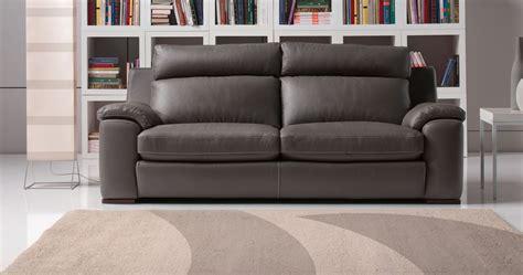canapé cuir vachette ou buffle canapé cuir moderne confortable haut dossier sur univers