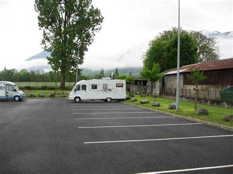 carrefour si e auto 65 argelès gazost photos aires service camping car