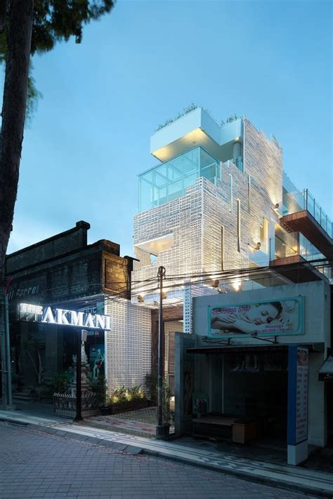Akmani Legian  Tws Partners  Archdaily. Parkhotel Den Haag. Penthouse. Topiary Haven Bed & Breakfast. Jozini Tiger Lodge And Spa Hotel. Whanganui River Top 10 Holiday Park. Narada Resort & Spa Perfume Bay. Novotel Luxembourg Centre Hotel. Kurhotel Drei Birken