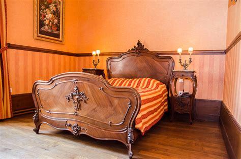 chambre d hote dans un chateau chambres d 39 hôtes au château de montbras vivez un moment
