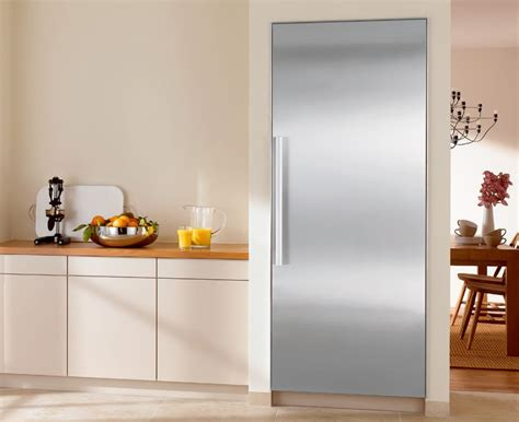 miele kvi   built  full refrigerator column  spillproof glass shelving humidity