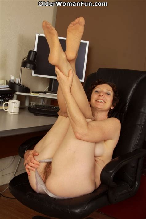 Year Old Milf Artemisia Shows Her Hairy Pussy Photo