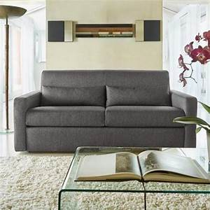 Le canape poltronesofa meuble moderne et confortable for Tapis kilim avec canapé cuir convertible poltronesofa