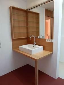 Fußboden Streichen Holz : helles holz trifft auf fuchsroten fu boden im bad ~ Sanjose-hotels-ca.com Haus und Dekorationen