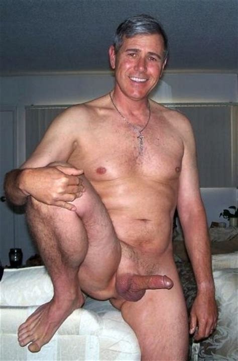 Mature Porn Naked Elder Men Exposes So Big Dick