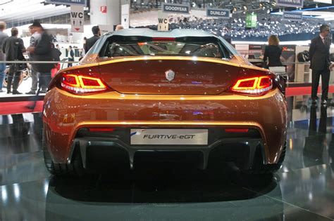 Exagon Motors golden-orange Furtive-eGT looks different ...