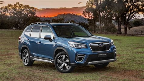 subaru forester review chasing cars