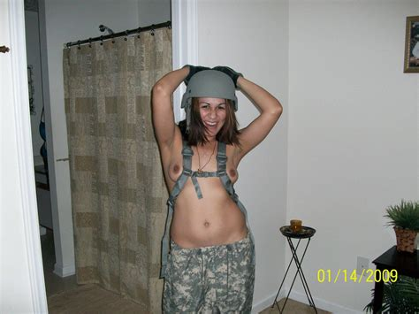Army Girl Amateur Pictures Sorted By Picture Title