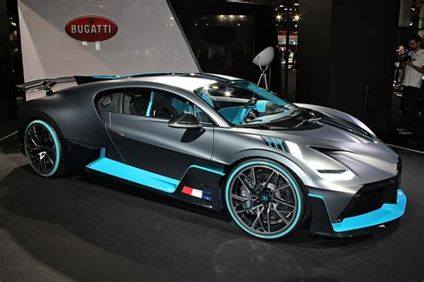 filebugatti divo paris motor show  img jpg