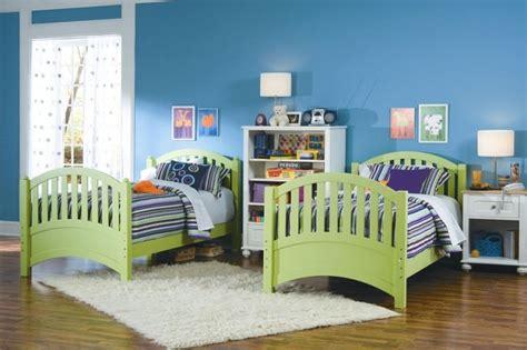 chambre deux lits chambre d 39 enfant et d 39 ado 105 idées pour filles et garçons