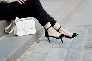 Schwarze Tasche H M : bezauberndenana fashionblog outfit streetstyle wildlederjacke misterlady loose fit hose jumpsuit ~ Watch28wear.com Haus und Dekorationen
