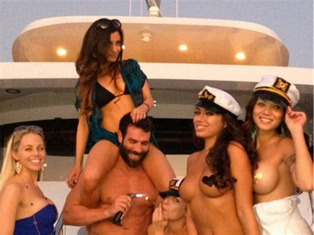 #Dan #Bilzerian #Millionaire #Playboy #Throws #Naked #Porn #Star