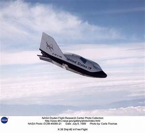 NASA - X-38 in flight