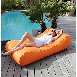 Matelas Gonflable Pour Piscine : matelas de piscine flottant wave gonflable canap pouf ~ Dailycaller-alerts.com Idées de Décoration