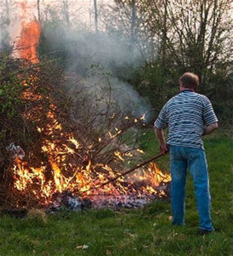 Burning Yard Debris » Ellerslie Volunteer Fire Department