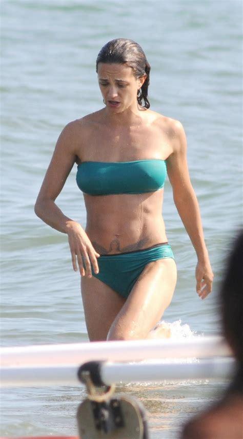 italian actress asia argento  sexy bikini