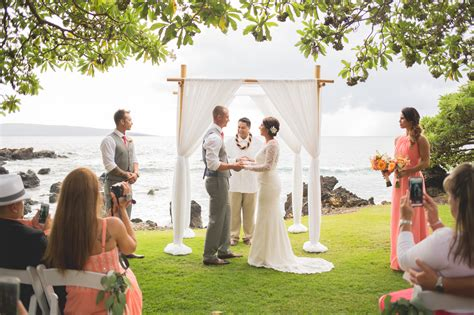 Alisha And Dave's Gorgeous Hawaii Wedding Package
