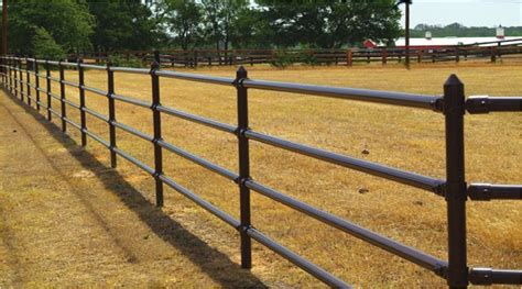 fence fencing ranch pipe horse fences rail farm cable aluminum modern arena horses pipes metal wood barn luxury corral colors