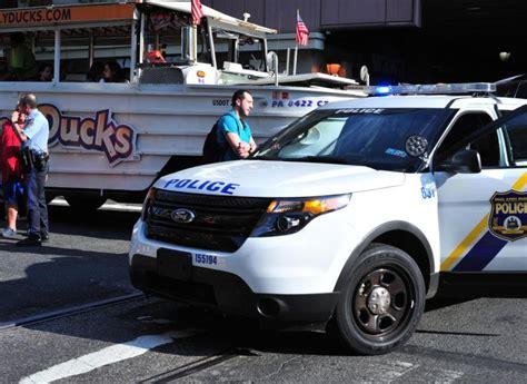 Duck Boat Kills Pedestrian by Duck Boat Tour Kills Philadelphia Pedestrian Ny
